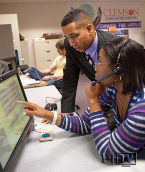 BDPA Member Dr. Juan Gilbert working with PhD candidates | Clemson HCC